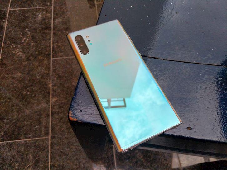 Mo hop Samsung Note 10 chinh hang Dep khong ty vet 13