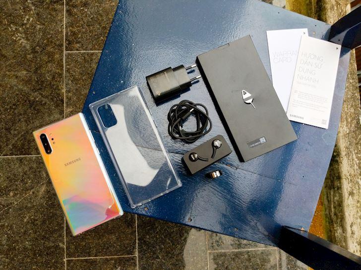 Mo hop Samsung Note 10 chinh hang Dep khong ty vet 3