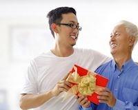 Vu Lan báo hiếu: Những món đồ công nghệ 'chất' tặng cha mẹ ở nhà