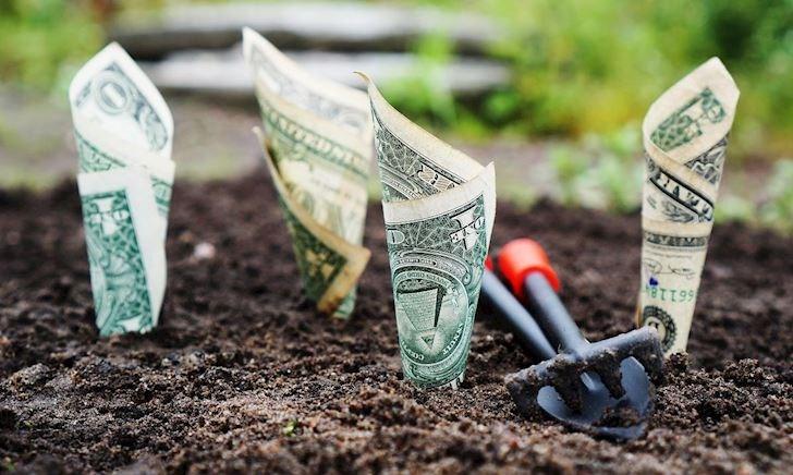 Làm mãi không giàu - vì sao? (Phần 2)