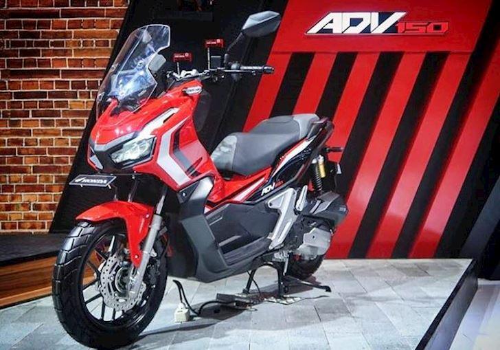 Honda ADV 150 sap xuat hien de doi dau Yamaha NVX 4