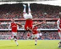 Song sát nổ súng, Arsenal tạm chiếm ngôi đầu bảng Premier League