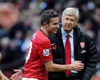 Van Persie 'bóc phốt' Arsenal, sát muối vào nỗi đau của Pháo thủ