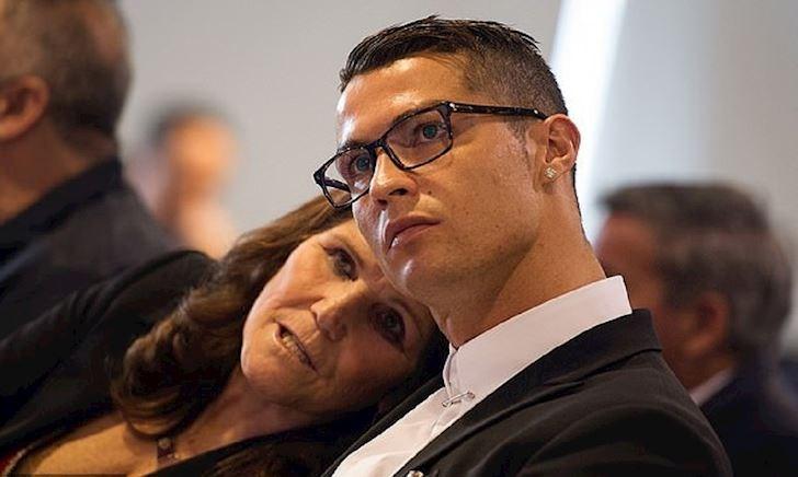 Ronaldo thừa nhận hối lộ nạn nhân cáo buộc hiếp dâm 10 tỷ