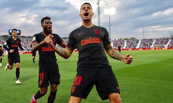 Atletico lên đỉnh La Liga nhờ sự tệ hại không tưởng