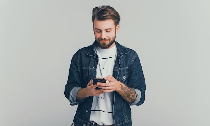21 thói quen khi dùng Facebook khiến anh em mãi chưa có người yêu