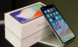 Có nên mua iPhone X, iPhone XR thời điểm này?