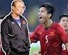 Video clip: HLV Park Hang-seo năn nỉ VFF xin Văn Hậu về đá SEA Games