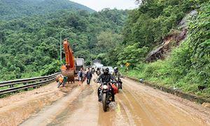 Sạt lở đèo Bảo Lộc, khi nào mới có thể đi tour Đà Lạt?