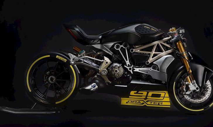 Ducati lại hé lộ về mẫu moto mới - Siêu phẩm sắp được ra mắt ?