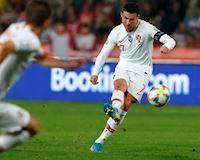 Kỳ tích ghi bàn của Ronaldo còn kém 1 người châu Á