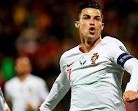 Ronaldo rực sáng với poker, Bồ Đào Nha đè bẹp Lithuania