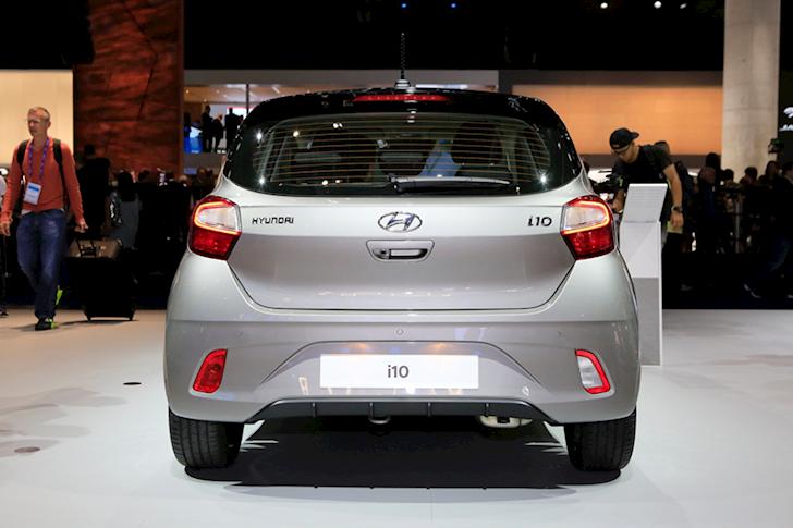 hyundai i10 2010 co con la xe gia re 1