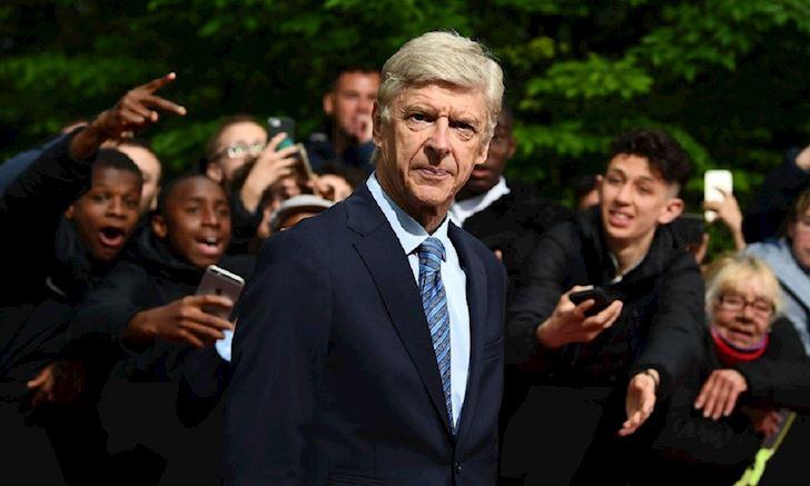 Phiếm đàm: Vì sao ông giáo Wenger nhận việc ở FIFA thay vì Arsenal anh 4