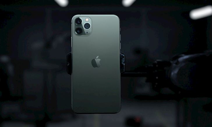 Toi cu tran troc mai ve chiec iPhone 11 Midnight Green 1