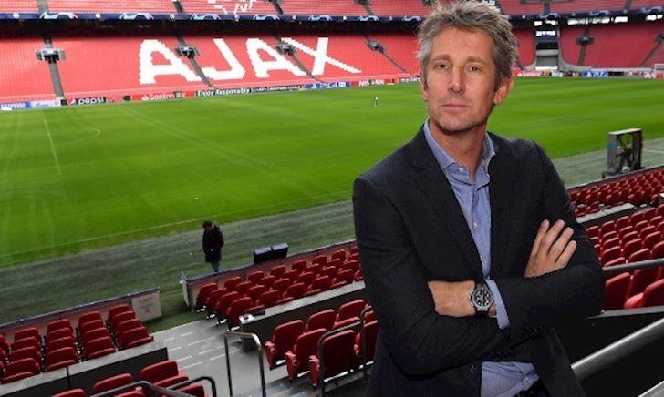 Thăng hoa cùng Ajax, Van der Sar phũ phàng với MU