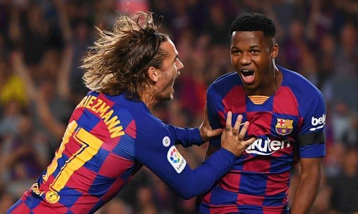 Thần đồng 16 tuổi rực sáng, Barca 'làm gỏi' Valencia trong mưa bàn thắng