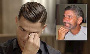 Ronaldo không ngờ mình bật khóc khi thấy lại người cha quá cố