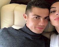 Ronaldo thề thốt sẽ cưới bạn gái Georgina sau ba năm chung sống