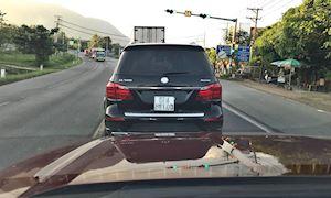 Giữ khoảng cách: lưu ý mà rất nhiều người chạy xe đã quên – Lái xe phòng thủ #13