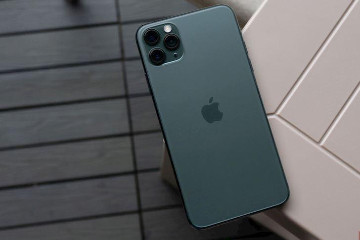 So sanh iPhone 11 Pro Max va iPhone XS Max Noi chien 8