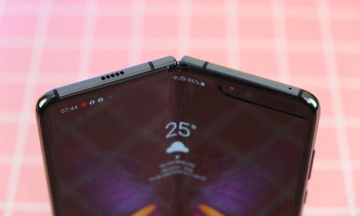 Samsung Galaxy Fold gia bao nhieu muon mua thi lam the nao 2