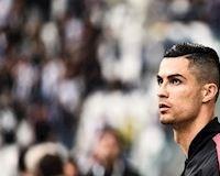 Ronaldo sân si xong lại nói đạo lý khi thấy Messi giành FIFA The Best