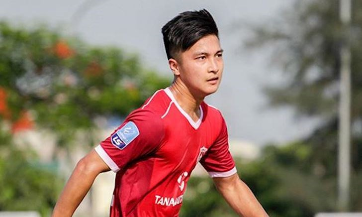 Video clip: Màn trình diễn đẳng cấp của cầu thủ Việt kiều Martin Lò