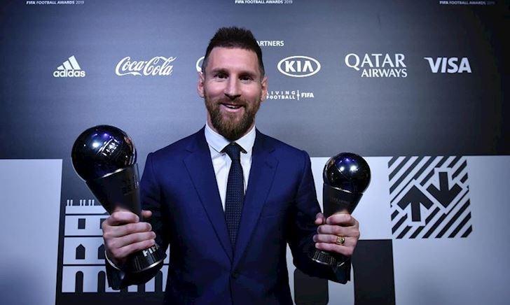 'The Best' Messi bị dàn huyền thoại đối xử phũ phàng