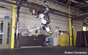 Video đáng sợ về robot có hành động giống hệt con người
