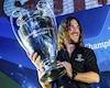 Barca lâm nguy, 2 huyền thoại Puyol và Xavi từ chối trở về