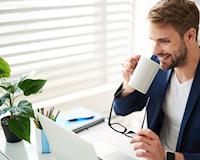 Nam giới sống: Nói chuyện phái mạnh bên ly cà phê lạnh