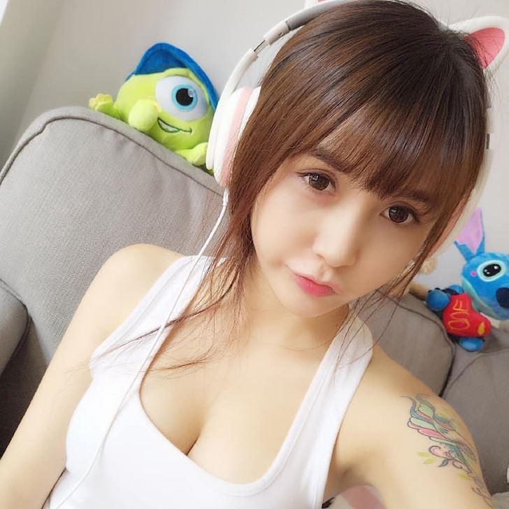 thanh-nu-streamer-xia-mei-jiang-khong-noi-nhieu-vao-xem-thi-biet-anh-10