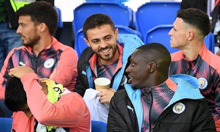 Man City điêu đứng vì cầu thủ phân biệt chủng tộc lẫn nhau