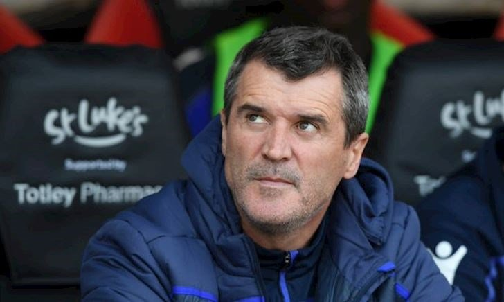 Roy Keane tố cáo Alex Ferguson