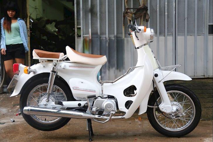 Honda Cub 50cc chinh hang gia cuc cao khi ve Viet Nam 3