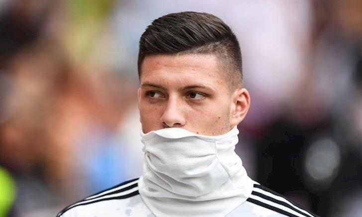 Bom tấn Luka Jovic lại khiến Real Madrid lo lắng