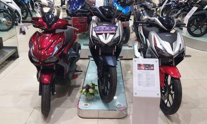 Giá xe máy Honda bắt đầu tăng dịp cuối năm sau một mùa ế ẩm
