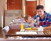 6 bí kíp bố thông thái phải thuộc nằm lòng nếu muốn con ăn ngon