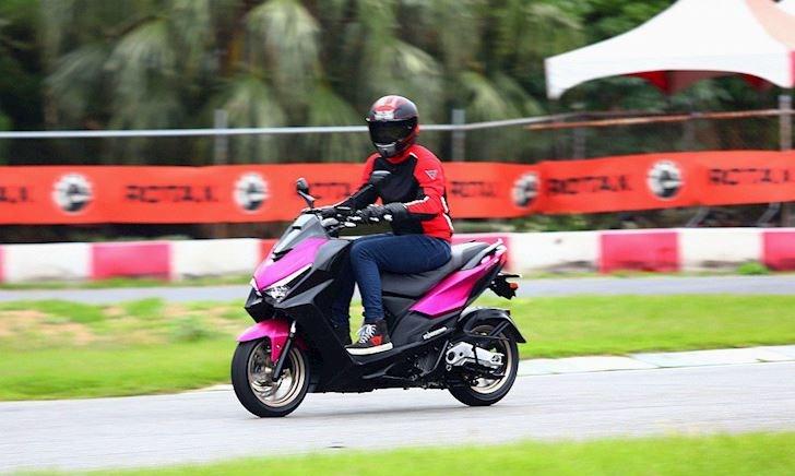 Đối thủ của Honda PCX và Yamaha NMax đã xuất hiện, xe tay ga Kymco KRV