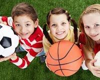 Bí kíp ăn uống đúng chuẩn các bố phải biết trước khi cho trẻ chơi thể thao