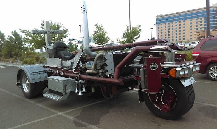 Ngắm nhìn Tower Trike, chiếc mô tô lớn nhất thế giới