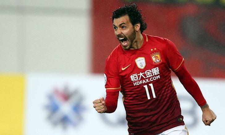 Mặc Covid-19, Trung Quốc âm thầm nhập tịch bạn thân Paulinho