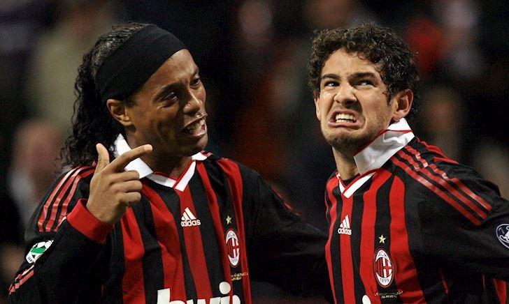 Mê tiệc tùng với Ronaldinho, Pato ly dị vợ sau 9 tháng