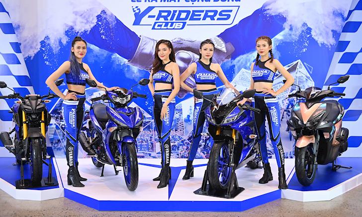Yamaha R15 V3 và MT-15 giảm giá mạnh để anh em xuống tiền