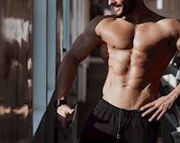 5 bài tập ngực không tạ tại nhà cho anh em bận rộn