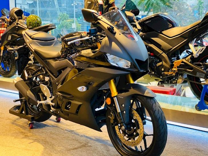 Cung phan khuc 300cc nen chon Yamaha R3 hay Honda CBR250RR 4