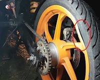 Mâm xe bị cong, vênh khi đang bào tour - giải quyết đơn giản bằng ruột xe
