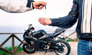 Chuyện mượn xe, đánh đổi giữa tiền bạc và tình bạn