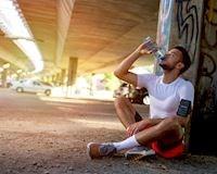 Muốn giảm cân, uống bao nhiêu nước một ngày là đủ